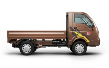 tata-ace-mega-xl-side-view-01