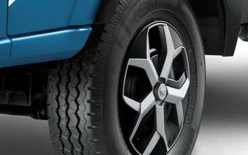tata-intra-v30-gallery-slider-tyre